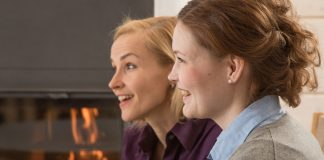 how-can-key-spouses-help-me-pixabay-the-fireplace-2721784_1280