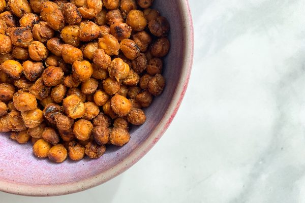 5 super bowl snack ideas for game day_spice roasted chickpeas
