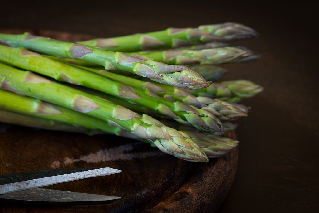 9 things to make in your air fryer pixabay asparagus 2178164 1280