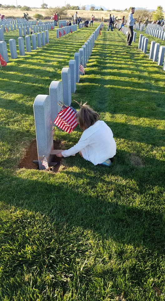 4 Ways to Teach Your Military Kid About Memorial Day - Daily