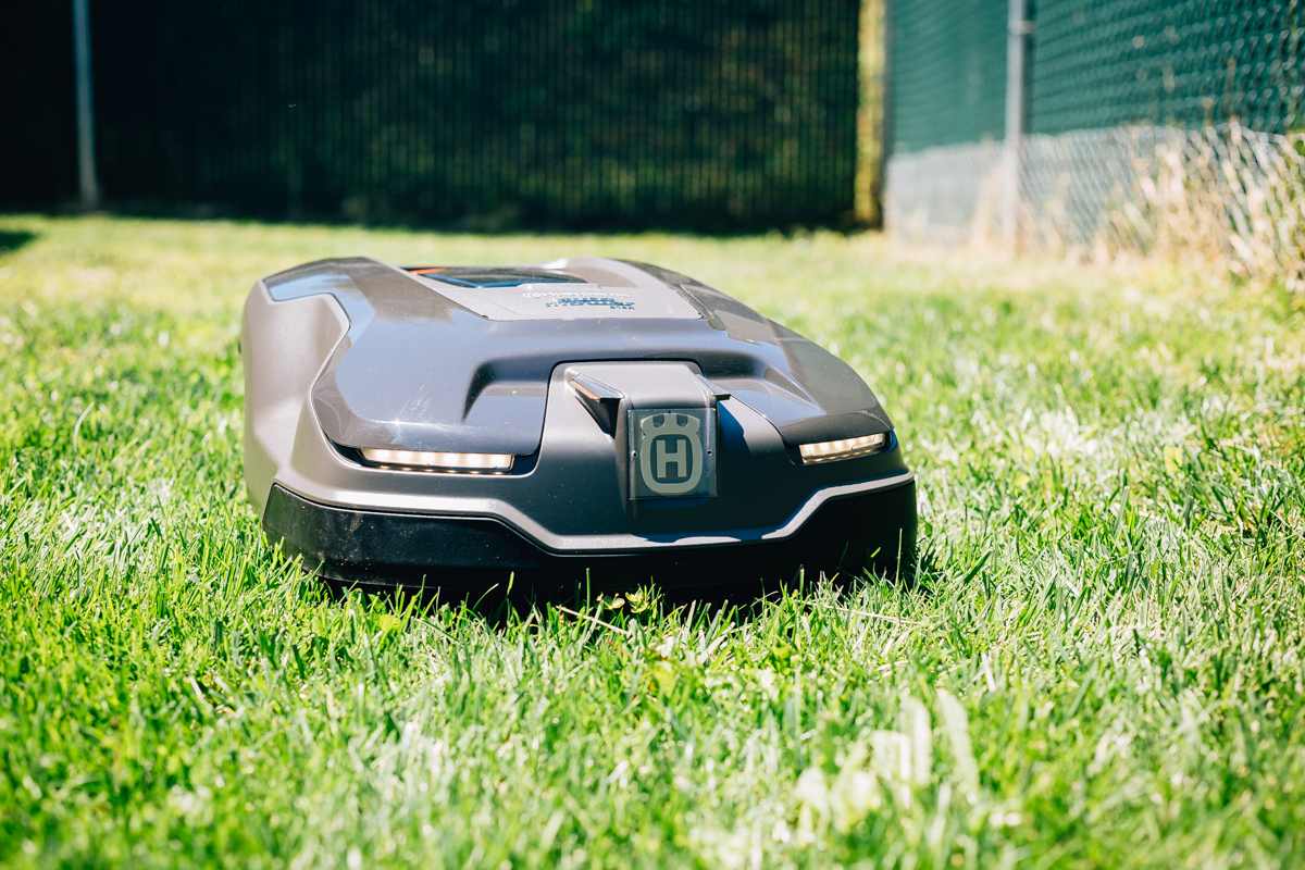 A Robotic Lawn Mower Is A Thing And Yes, You Need One