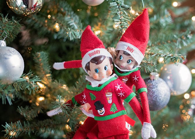 10 Easy Ideas For Your Holiday Elf